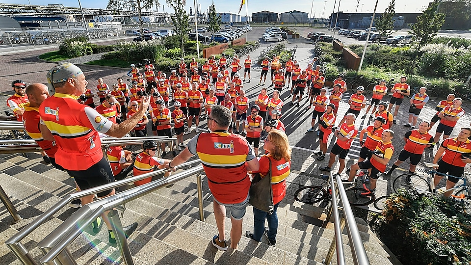 Briefing Shell Pernis Wielerploeg